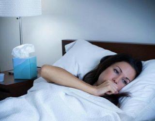 Как успокоить кашель ночью у взрослого