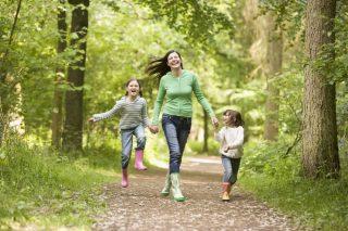 Как проявляется и чем вылечить фарингит у ребенка
