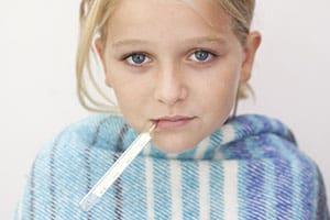 Первые признаки и как лечить бронхита у ребенка
