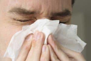 Признаки аллергической реакции на пыль