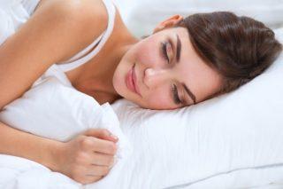 Причины усиления кашля в положении лежа